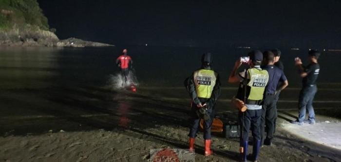 200916 부안해경, 야간 해루질객 1명 긴급 구조.jpg