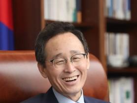 국가예산 8조원 시대 활짝 연 송하진 도지사